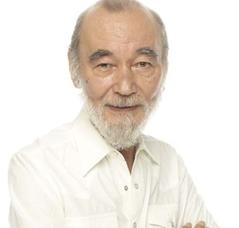 ミッキーカーチスの息子は大伴修、加千須ユージン、トムカーチス。