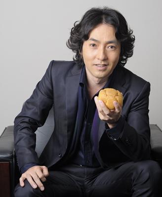 秋川雅史の息子はピアノをやってるの?家族構成や現在について。