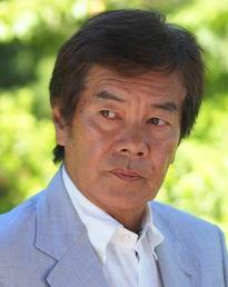 高岡健二には息子がいるの?今現在や病気の噂について。