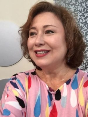 キャシー中島の息子の勝野洋輔の刺繍の作品について。逮捕の噂が!
